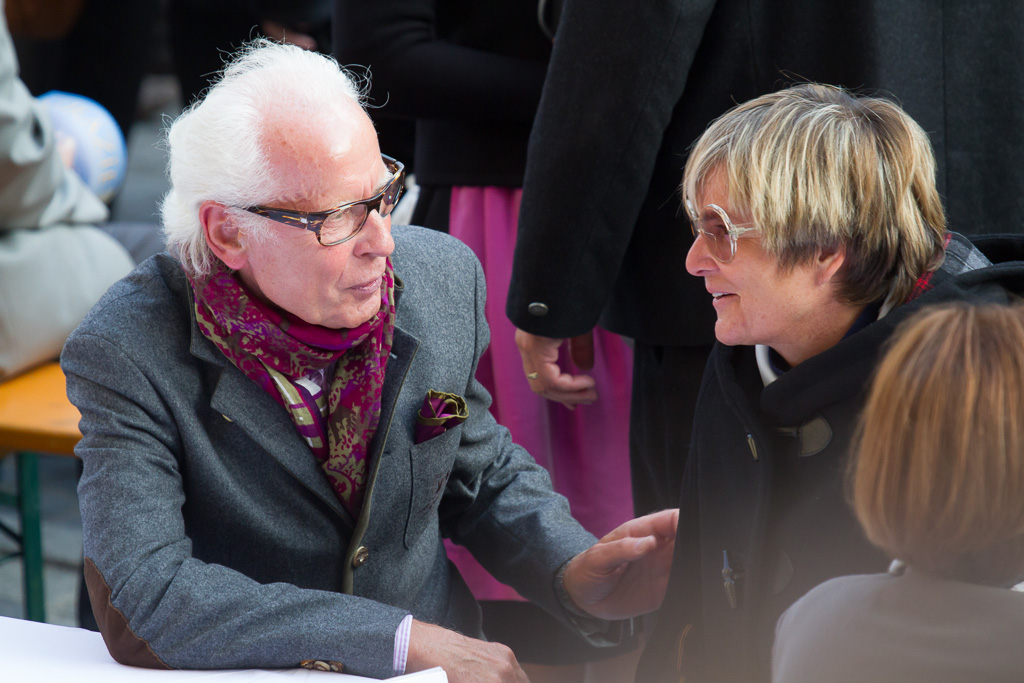 Fürstin Gloria neben Helmut Stadler